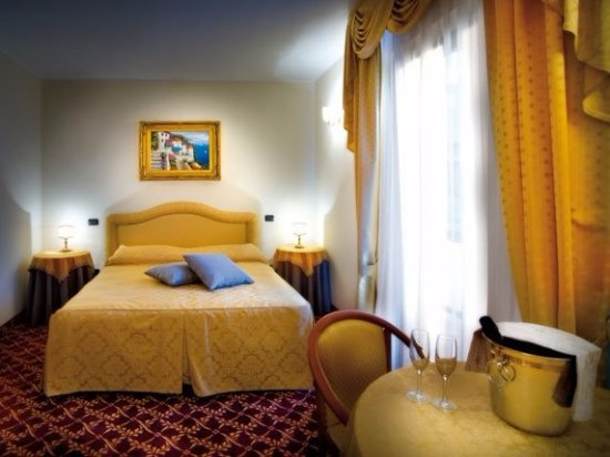 Hotel Villa Del Sorriso A Venosa