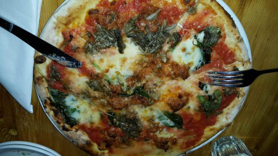 Photo of Italian Restaurant Pizzeria Defina at 321 Roncesvalles Ave, Toronto M6R 2M6, Canada