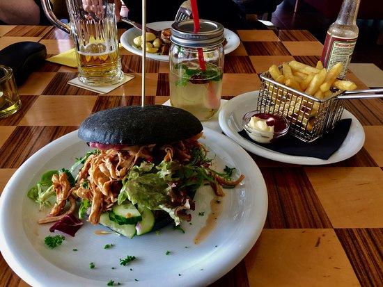 Borowski Restaurant & Bar: photo0.jpg