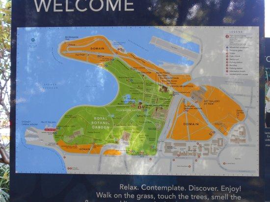 Promenade de l'opéra aux jardins botaniques : 散策路の地図