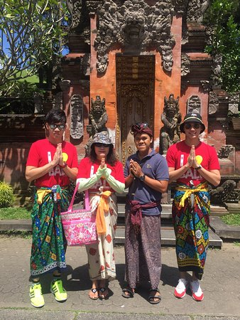 Agung Ari Bali Private Tour