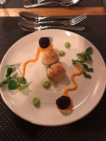 Egerton, UK: Scallops and Black Pudding - Amazing!!!