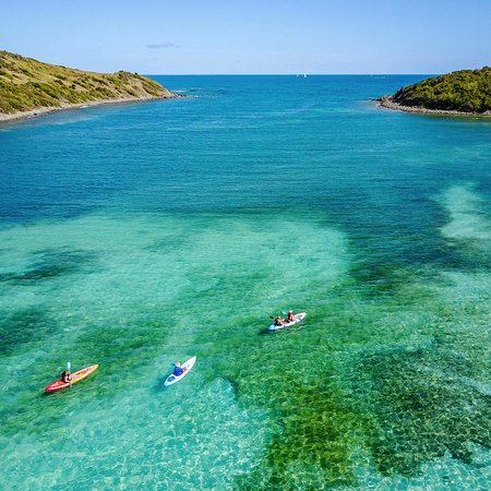 Cul de Sac, St. Maarten: The channel between Pinel and St Martin