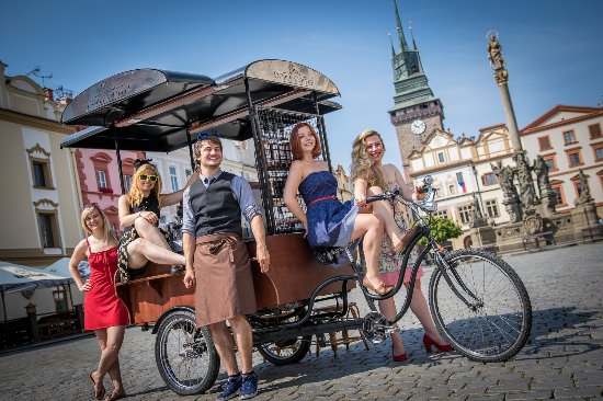 Pardubice, República Checa: Retro photo z Pernštýňáku