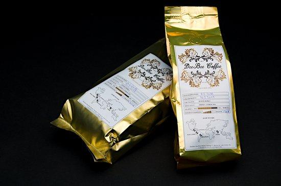 Pardubice, República Checa: Naše káva DeeBee coffee, kterou nikde jinde na světě neuchutnáte