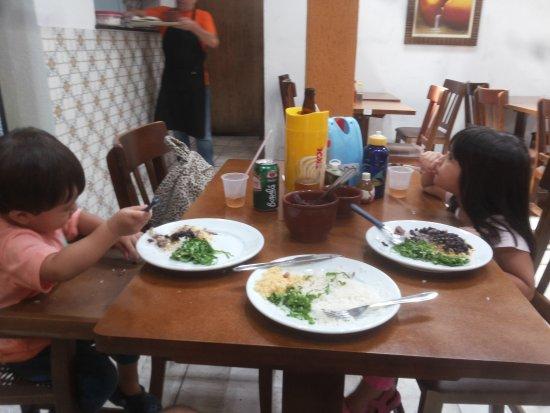 Valparaiso: padaria  artesanal  atendimento campeao com crianças