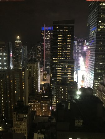 Photo of Nightclub The Skylark Rooftop Deck at 200 W 39th St, New York, NY 10018, United States