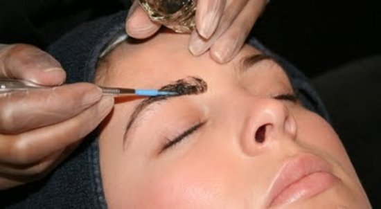 Willerby, UK: beautiful natural eyebrow tinting/ HD brows