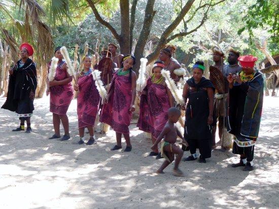 Hluhluwe, Sør-Afrika: les danses