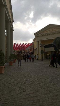 Foto de Castel Romano Designer Outlet