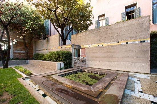 giardino scarpa picture of museo querini stampalia