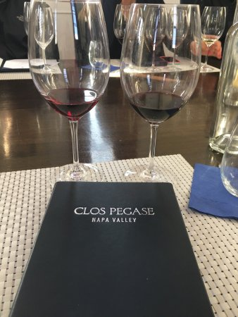 Clos Pegase Winery: photo1.jpg