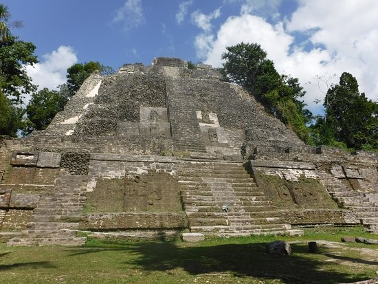 Distretto del Belize, Belize: The High Temple