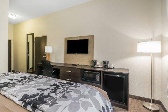 Columbia, KY: Adjoining King room