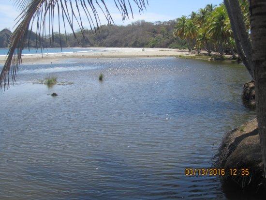 Hotel Paraiso del Cocodrilo: Strand Carrillo in der Nähe
