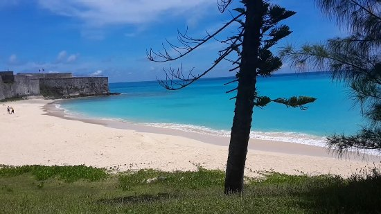 St. George, Bermuda: Gates Bay at Fort St Catherine