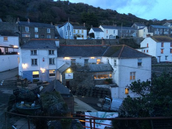 Hotel & Portloe at dusk