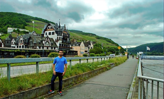 Rhine River: photo0.jpg