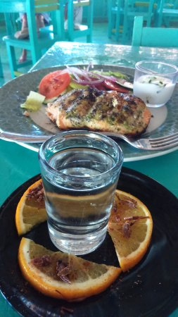Puerto Juarez, Mexico: Salmon Omega 3 and mezcal with grasshoppers and gusano salt.