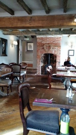 Repton, UK: A Cold, Chilly Bar