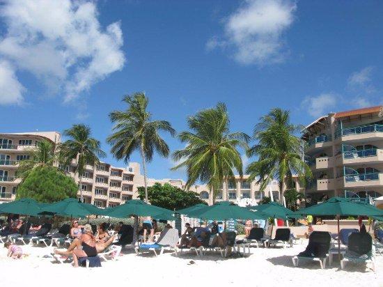 Крист-Черч, Барбадос: Albergo sulla spiaggia di Accra