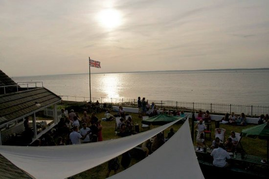 Gurnard, UK: sundowner