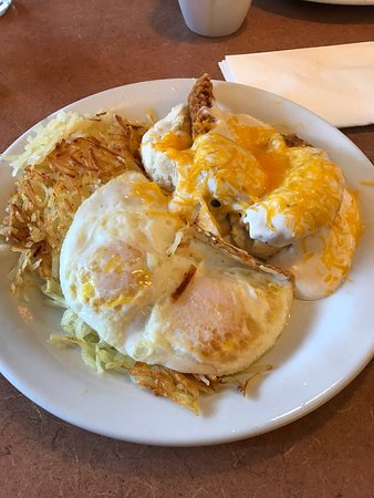 Elk Grove, Californië: Southern chicken with cheese coffee and juice for $8!