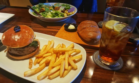 LongHorn Steakhouse: Gourmet Burger and Sirloin Caesar