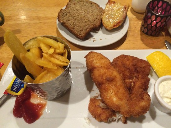 Waterville, Irland: Fish and chips and homemade brown bread