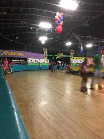 Rumford, RI: Rollerskating rink is a good size with helpful attendants