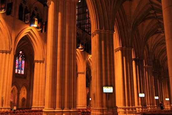 Washington National Cathedral: The ibnterior of the National Cathdral is awe inspiring.