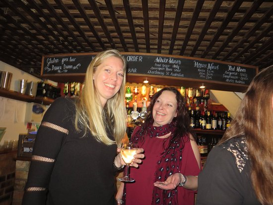 Ashby de la Zouch, UK: Great quality wines at reasonable prices