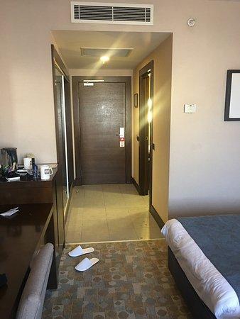 Midtown Hotel Photo