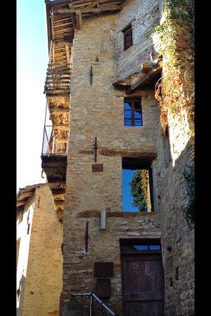 Le Case della Saracca: photo0.jpg