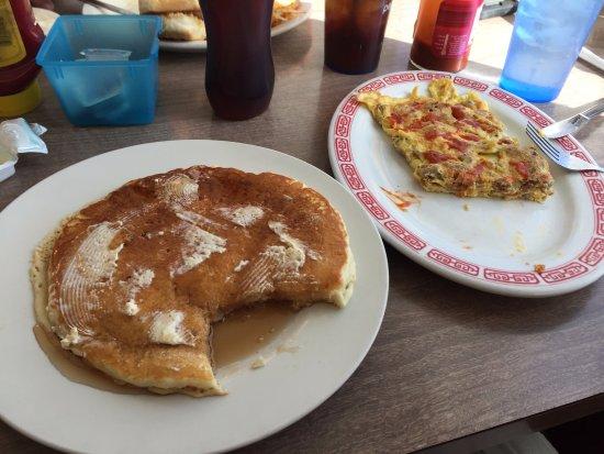 Raymond, Илинойс: pancake & omelet