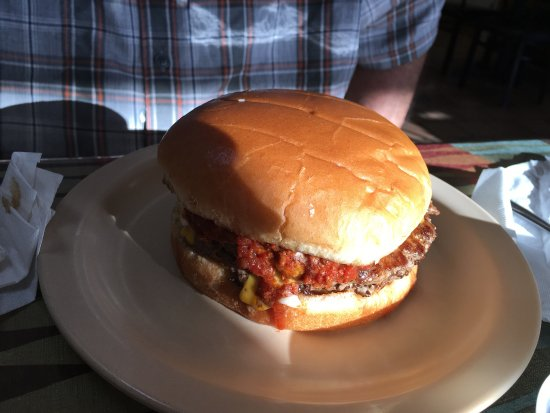 Kannapolis, NC: Another great find via TripAdvisor! Spicy Garlic original wings, hamburger with everything: cole