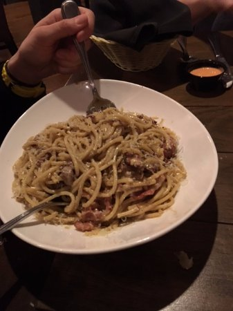 Thornbury, Kanada: Spaghetti Carbonara (very tasty)