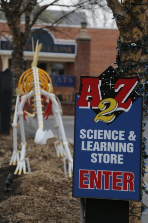 ‪A2Z Science and Learning Store‬