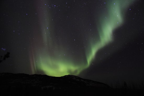 Aurora Borealis & Northern Lights Tours Yukon: Our awesome cozy cabin adventure with Norther Tails. Definitely one for the bucket list