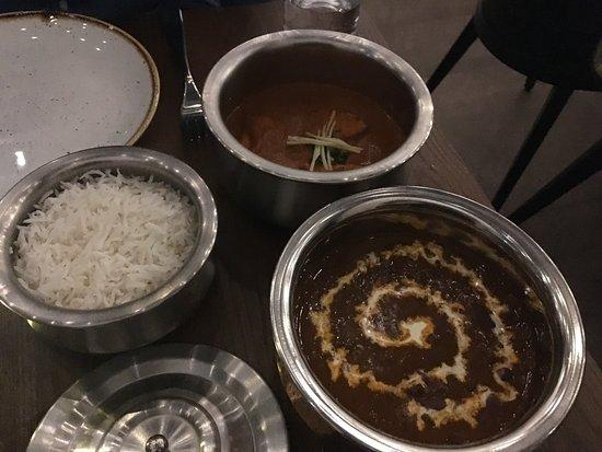 Loughton, UK: Basmati rice, butter chicken masala, mum's dal makhani