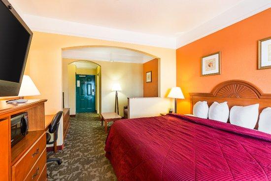 Quality Inn and Suites Beachfront Mackinaw City MackinawCity UnitedStates