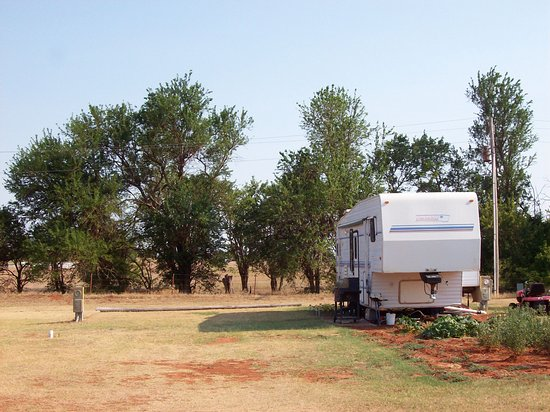 Elk City, OK: Long term RV lots are available.