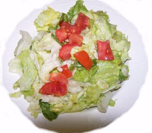 Burnham, PA: Tony's Salad