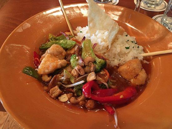 Malvern, Pensylwania: Chicken Cashew Stir-Fry