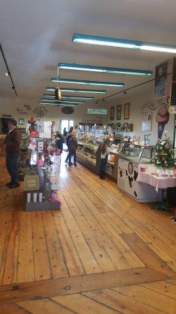 Wabasha, Minnesota: Looking into the store