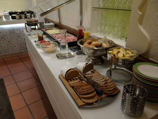 Hotel Am Markt: Included Breakfast