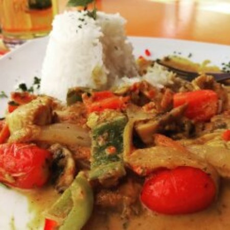 Cactus Restaurant : A great Thai red curry!