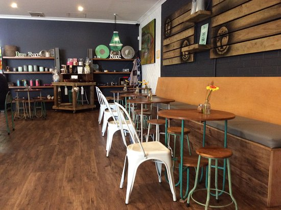 Rolleston, Australia: Inside seating