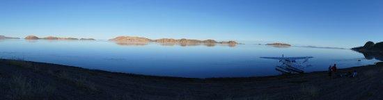 Kununurra, Australia: Afternoon tea on Lake Argyle