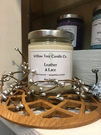 Clarks Summit, PA: Willow Tree Shop offers unique gifts and home décor for any occasions.